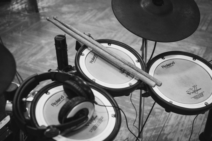 roland-electronic-drum-set